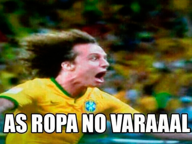 David Luiz As Roupas no Varal